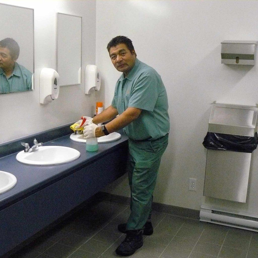 nettoyage-salle-de-bains-opt